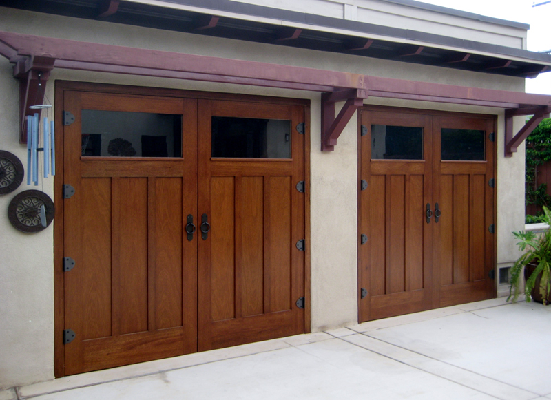 Arts crafts doors for Arts and crafts garage